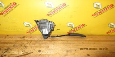 Clio 1.2 16v 2004-2006 Throttle Pedal8200089861