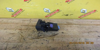 Laguna 2004-2007 Electric Handbrake Switch 8200368612--C